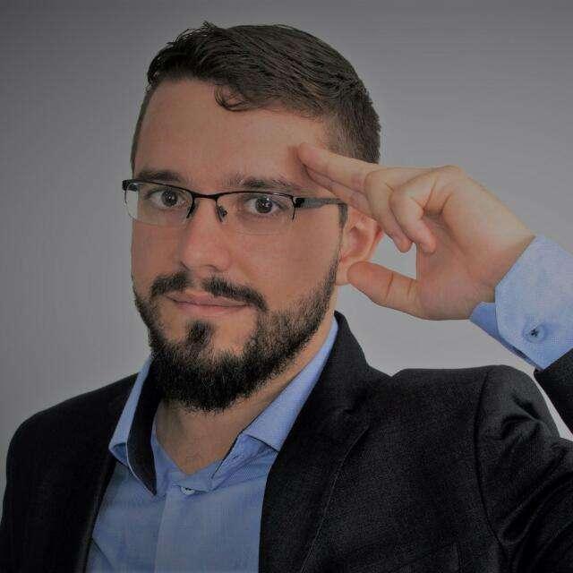 Álex Leocádio - Terapeuta