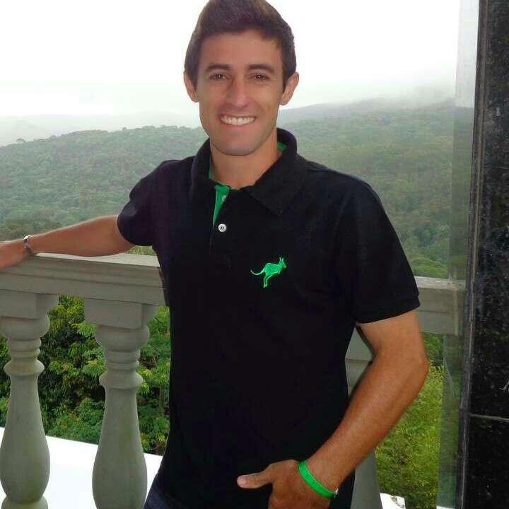 Esp. Tiago Rodrigo