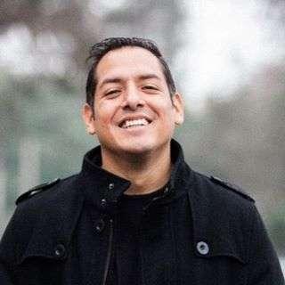 Oscar Alvarado @oscaralvaradoz