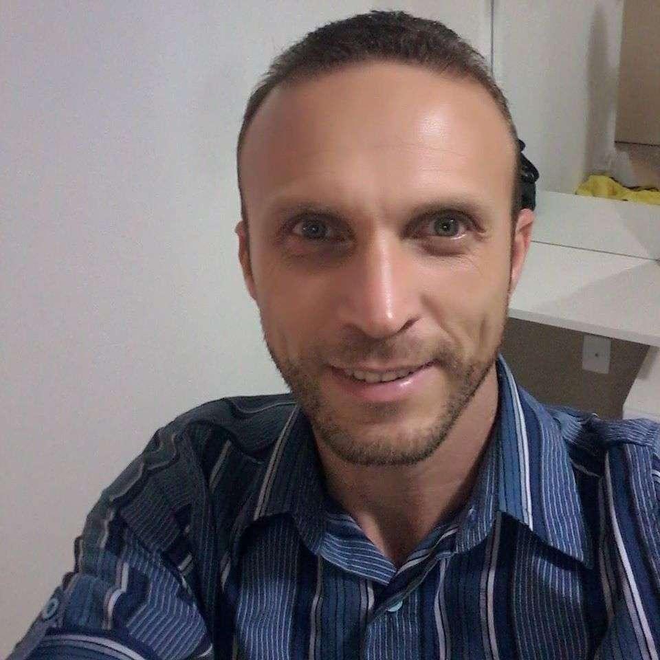 Jerri Adriano C Oliveira