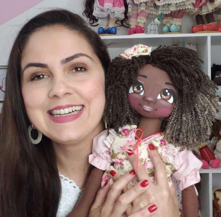 Flavia Queiroz