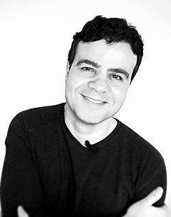 Dr. Alex Tavares